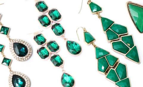 Aturan Pakai Perhiasan Supaya Tak 'Balapan'