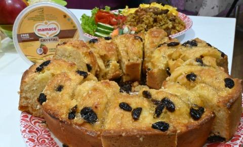 Resep Apple and Raisin Cake dan Nasi Goreng Kari Sapi
